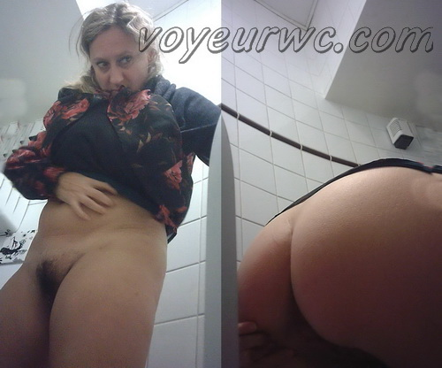 Women's public toilet 07 (European women caught by hidden cam in the public toilet)