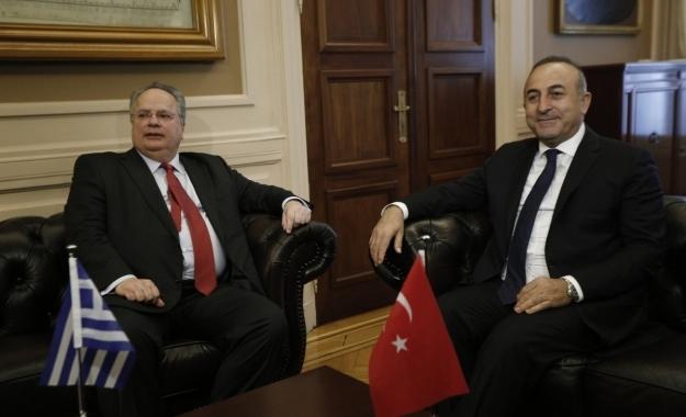 Ελλάδα-Τουρκία: Eπανεκκίνηση διαλόγου αλλά τα «αγκάθια» παραμένουν