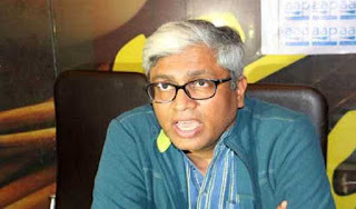 aap-s-ashutosh-takes-dig-at-prez-for-approving-ec-recommendation-in--office-of-profit--case