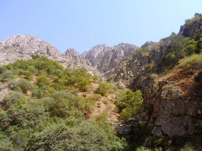 Водопады в ущелье Бегар, Варзоб, горы Таджикистана - фото-обзор похода