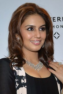 Huma Qureshi, Biography, Profile, Biodata, Family , Husband, Son, Daughter, Father, Mother, Children, Marriage Photos.