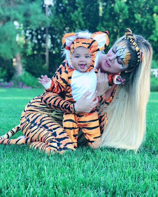 Khloe Kardashian and BabyTrue photos