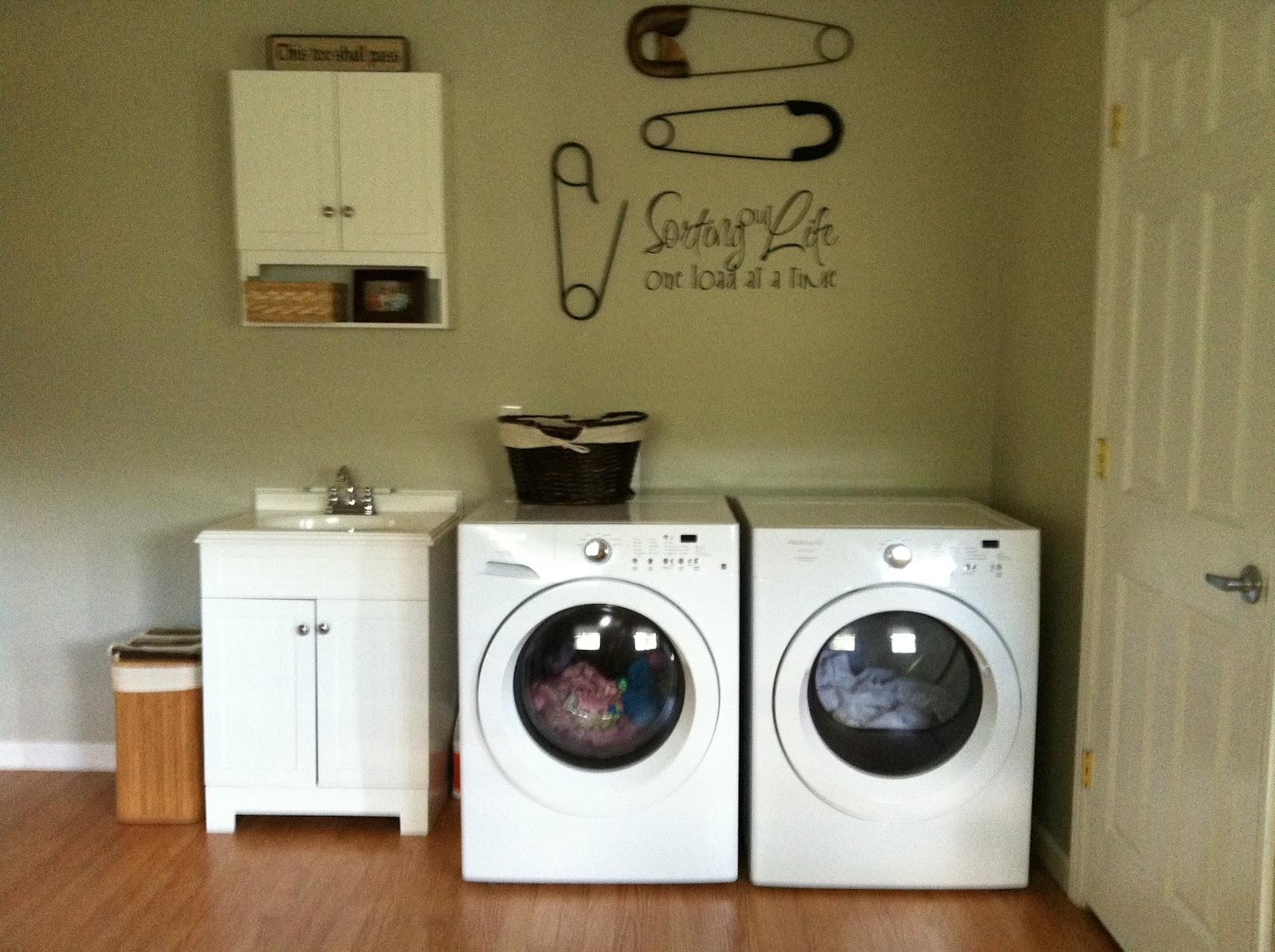 Laundry Room Decorating Ideas