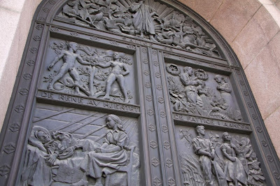Puerta catedral Oslo