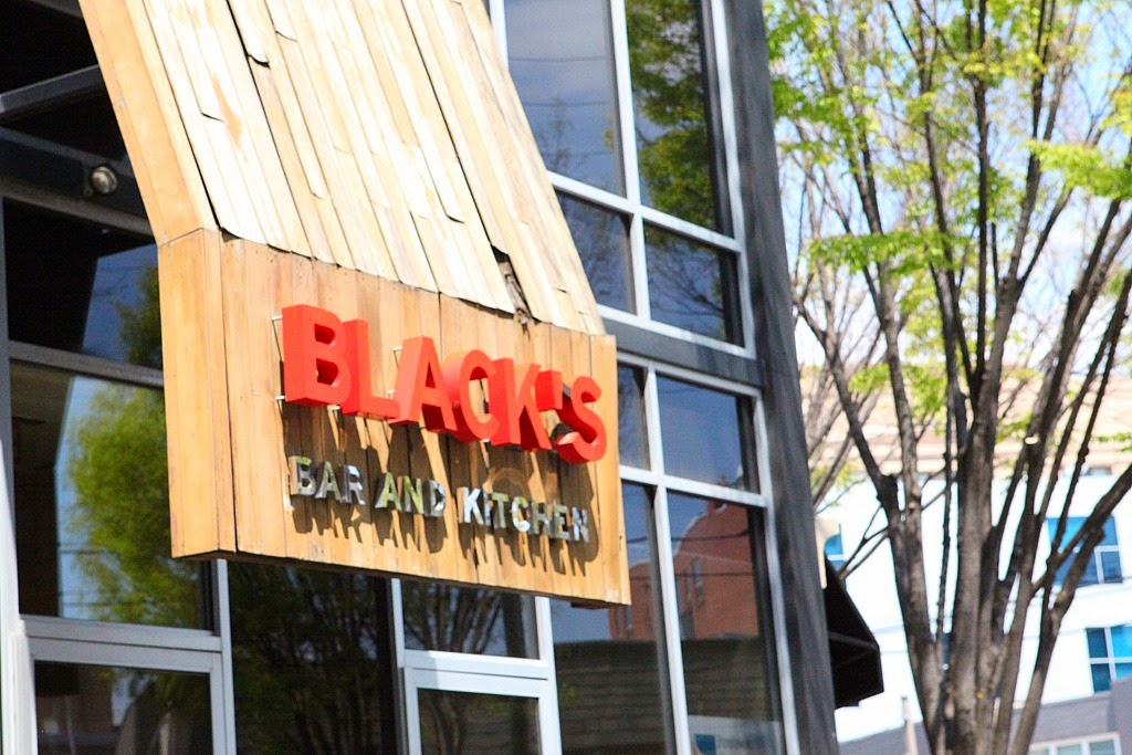 BLACK Bar & Kitchen, Tanvii.com