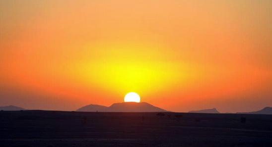 Pesan Nabi Usai Terjadi Gerhana Matahari, Wanita Harus Baca Ini!