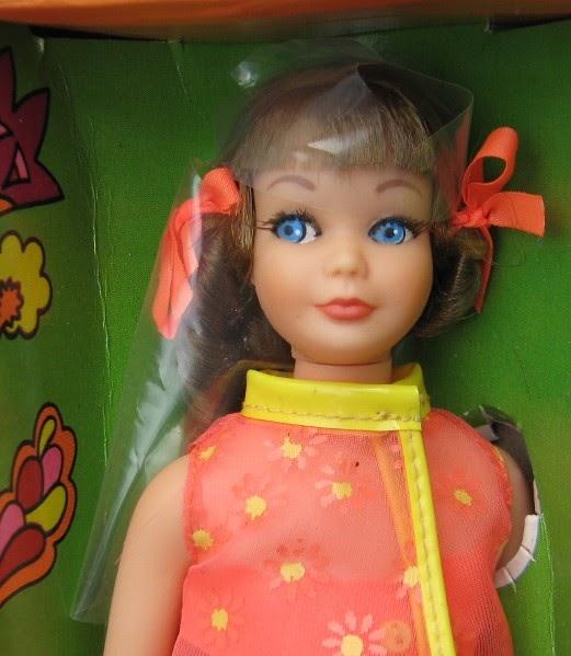 THE FASHION DOLL REVIEW: Twist 'N Turn Skipper doll, stock
