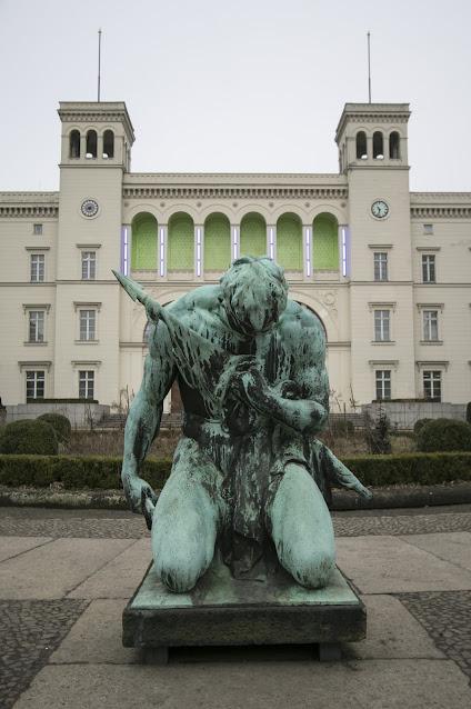 Hamburger Banhof Museum-Berlino