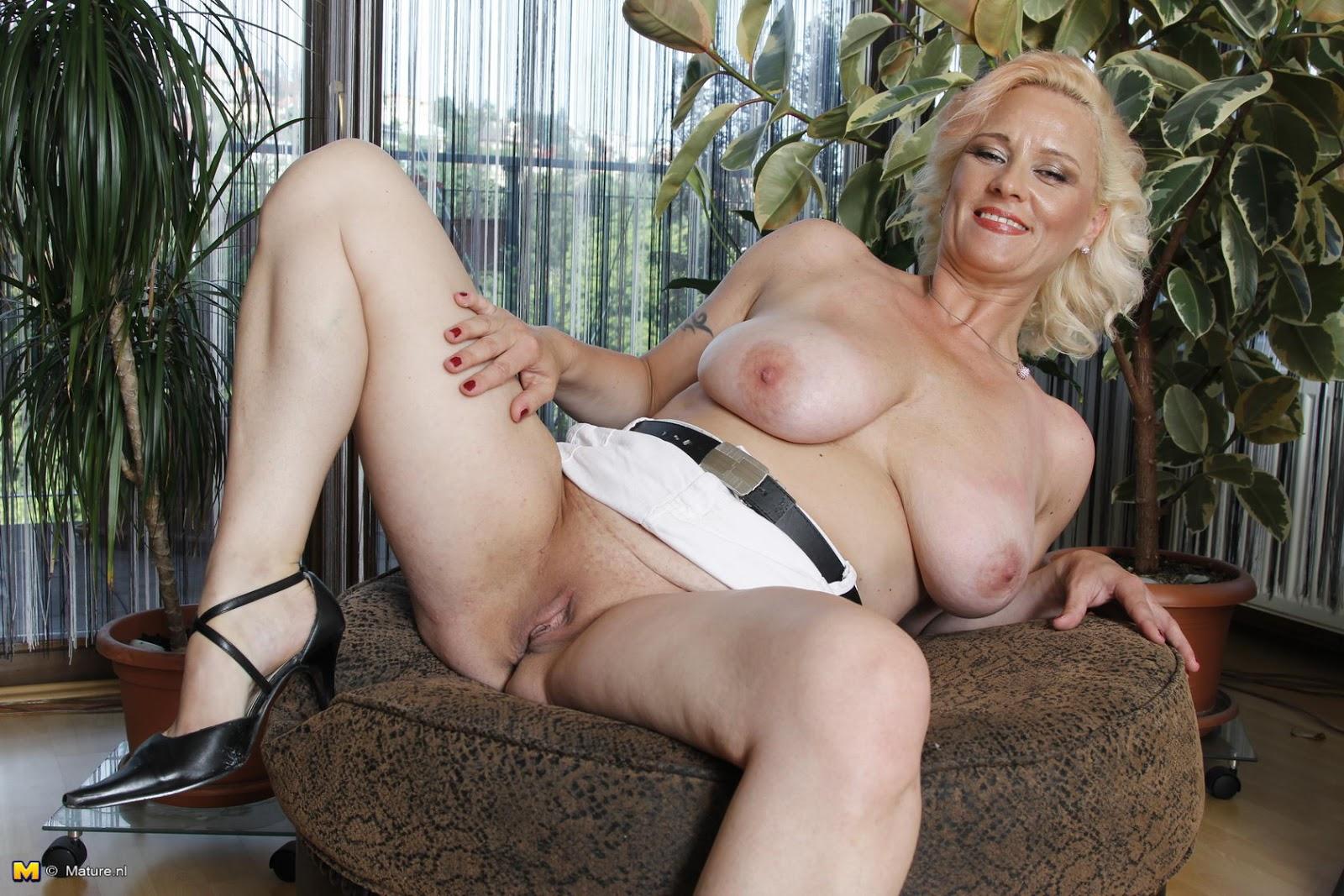 Nude sex strip gifs