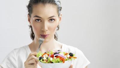Makanan yang dilarang saat menstruasi