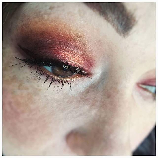 save-queen-makeup