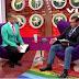 Pastor pisotea la bandera LGBTI y violenta a condutor gay (VIDEO)