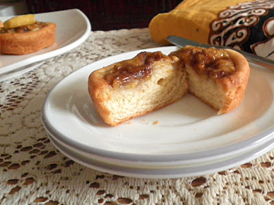 Banana Yeast Tartlet Recipe @ treatntrick.blogspot.com