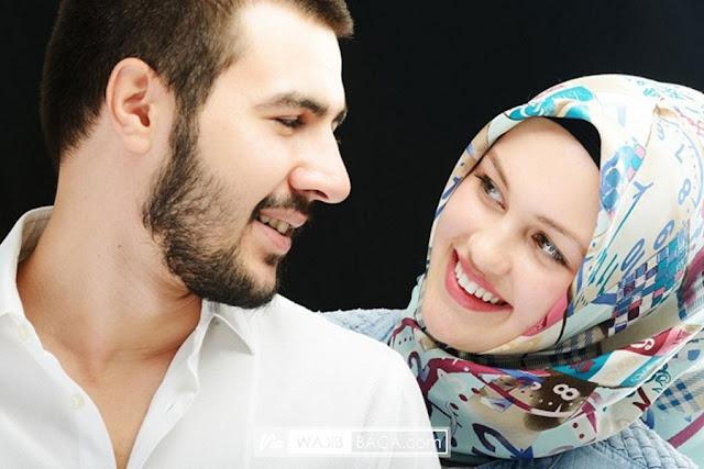 Boleh apa Tidak Melihat Alat Vital Suami-Istri? Begini Hukumnya