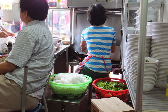 bunbo-nambo-hanoi-kitchen ブンボーナンボーの調理場