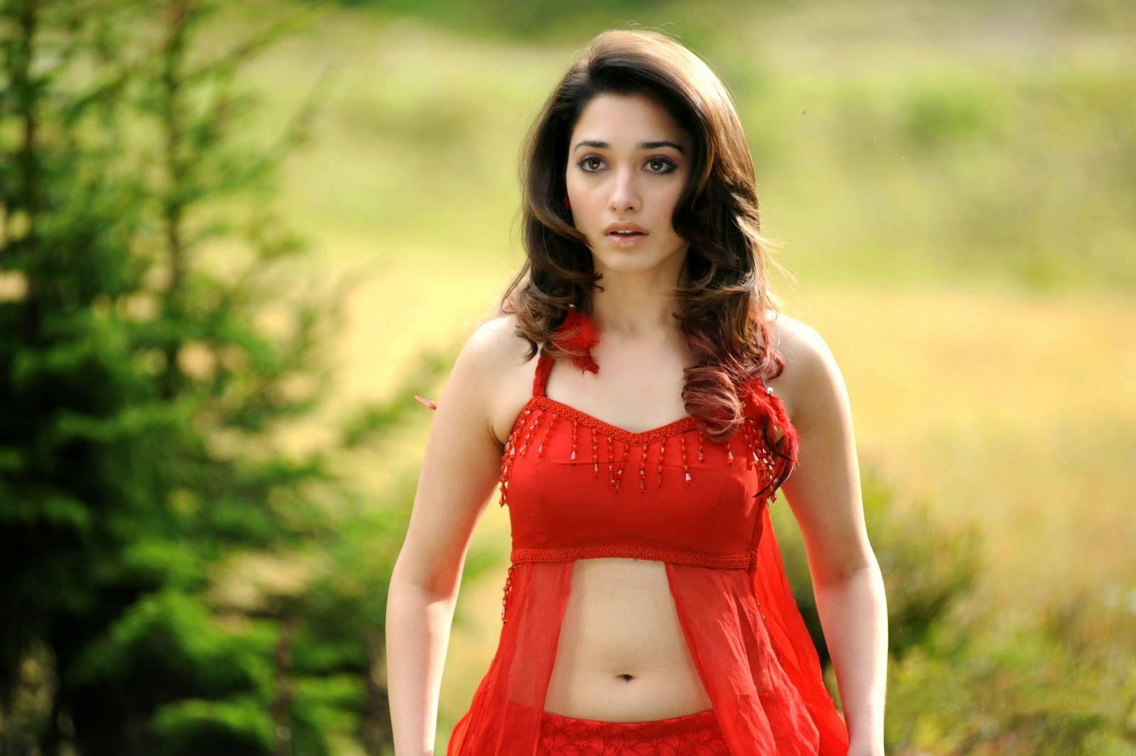 Tamanna Latest: Actress Tamanna Bhatia Hot Pictures And Sizzling