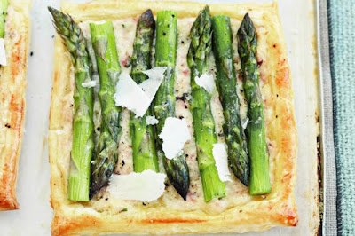 Asparagus, ham and mascarpone tarts meal ideas