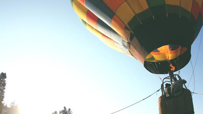 Wallpaper: Hot Air Balloon Flight