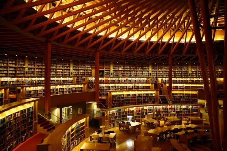 8. A International University Library, Akita, Japan - 31 Incredible Libraries and Bookstores Around the World