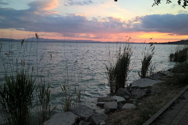 san feliciano tramonti sul lago trasimeno