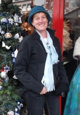 Wearing a felt hat in Amsterdam
