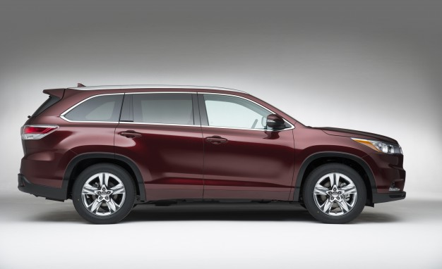 Living the High Life: 2014 Toyota Highlander S Prices are $ 30.075