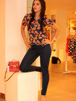 http://www.stylishbynature.com/2015/09/fall-denim-trends-2015-best-jeans.html