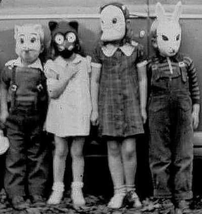 18 Creepy Vintage PhotographsCreepy Vintage Photography