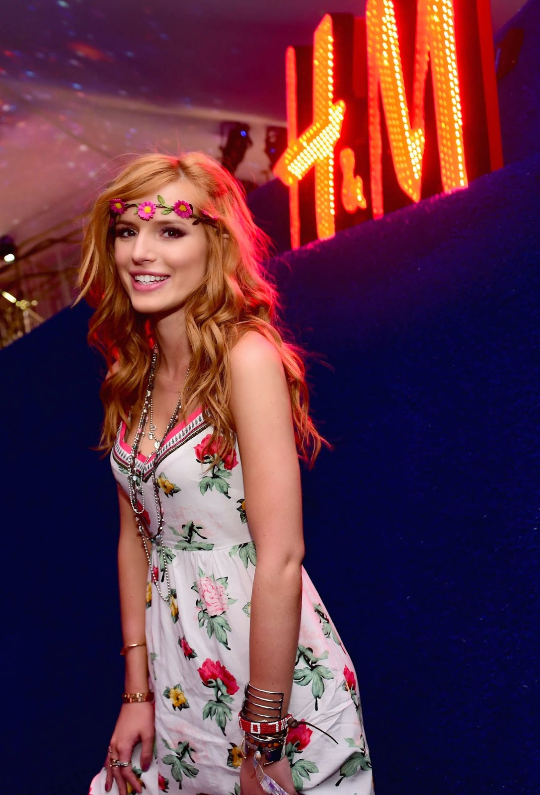 Bella Thorne – H&M Loves Coachella Party in Palm Springs