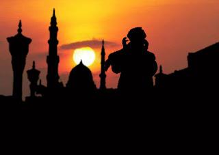 Antara Syiar Islam [Adzan] dan Aturan Pengeras Suara