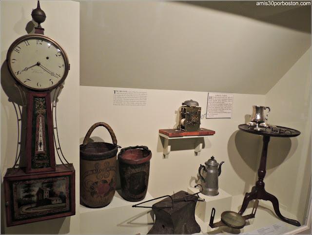 Museo de Concord: Muebles
