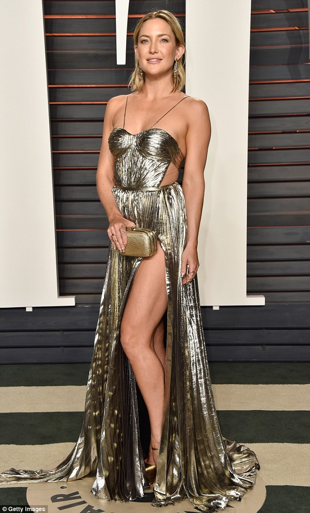 Kate Hudson is seductive in metallic gown at the Vanity Fair Oscars Party