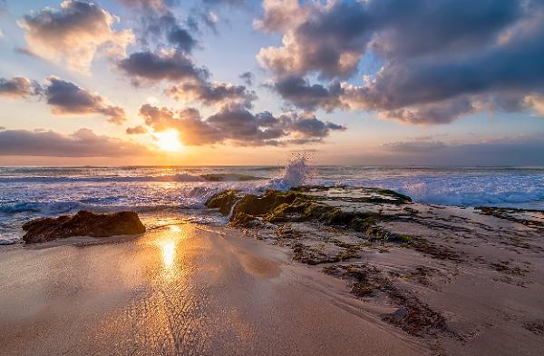 sunset di Pantai Dreamland Bali