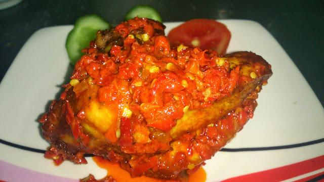 Resep Membuat Ayam Balado, Pedas, Enak ala Khas Padang – Resep Masakan