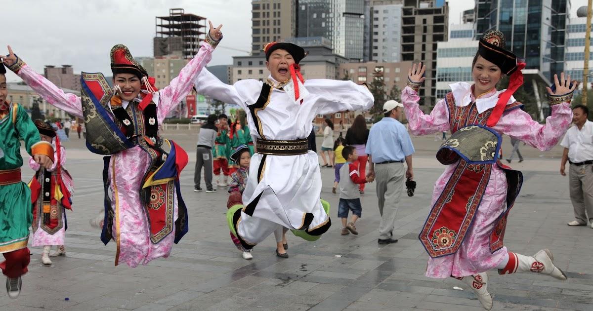 Dances Old Fashion Square
