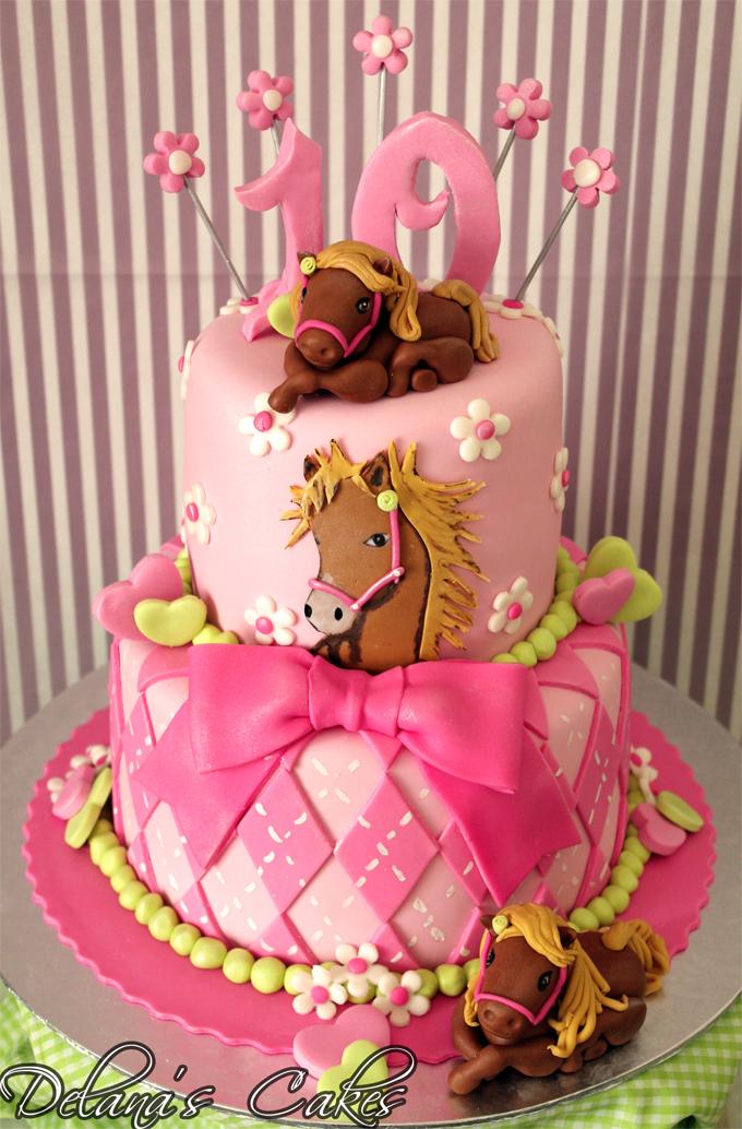 Delana S Cakes Pretty Horses Cake