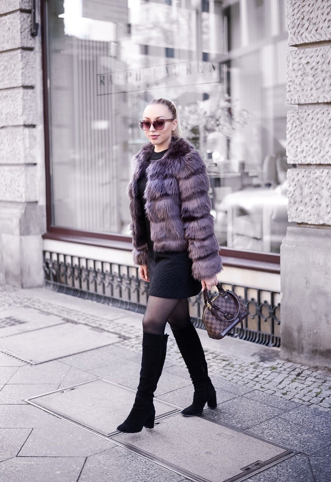 fashionblogger streetstyle_faux fur jacket_winter outfit inspiration