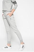 pantaloni-de-trening-reebok-femei1
