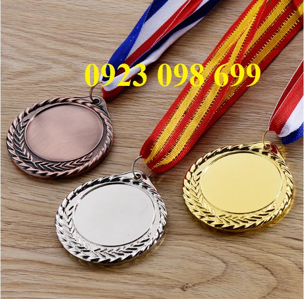 Cung cấp huy chương quà tặng, đúc huy chương giá rẻ Làm huy chương phôi sẵn