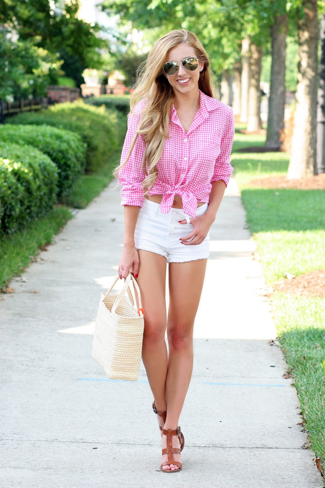 How-to-style-Tied-gingham-button-up-top-and-daisy-dukes-street-style