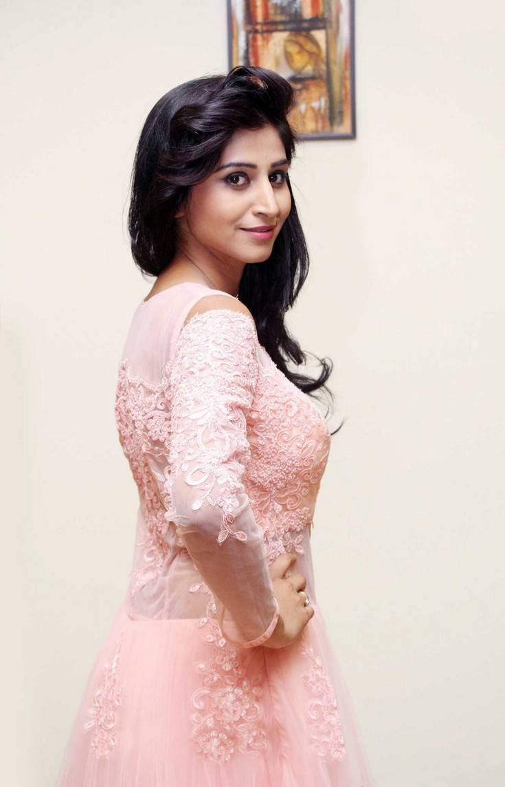 Actress Shamili Stills In Pink Dress At Fashion Event