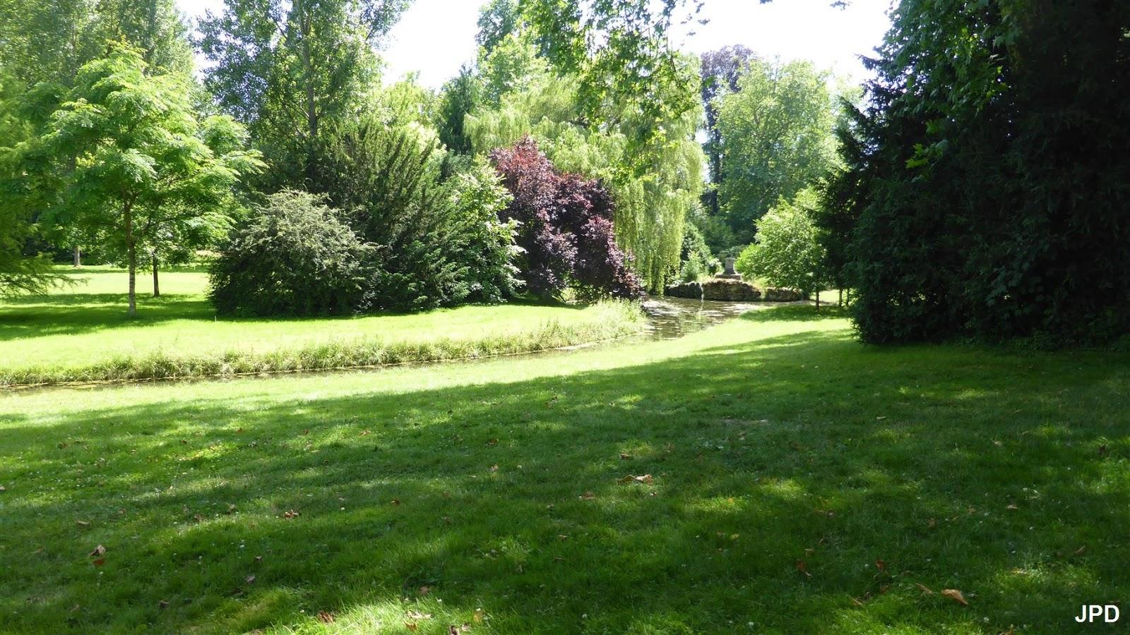 Paris bise art ch teau de fontainebleau 11 le jardin for Jardin anglais chateau fontainebleau