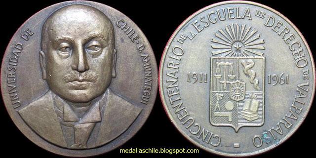 Medalla Escuela de Derecho de Valparaiso Domingo Amunátegui