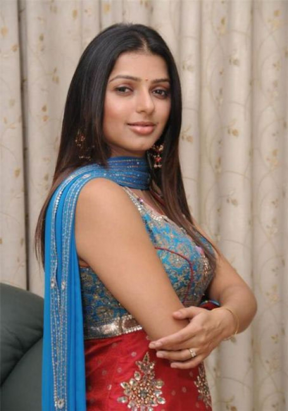 actress bhoomika images