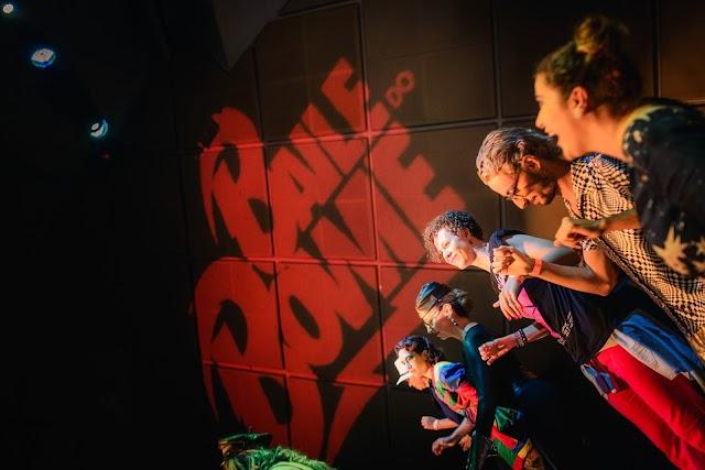 Baile do Bowie celebra aniversário do ícone britânico com festa em SP