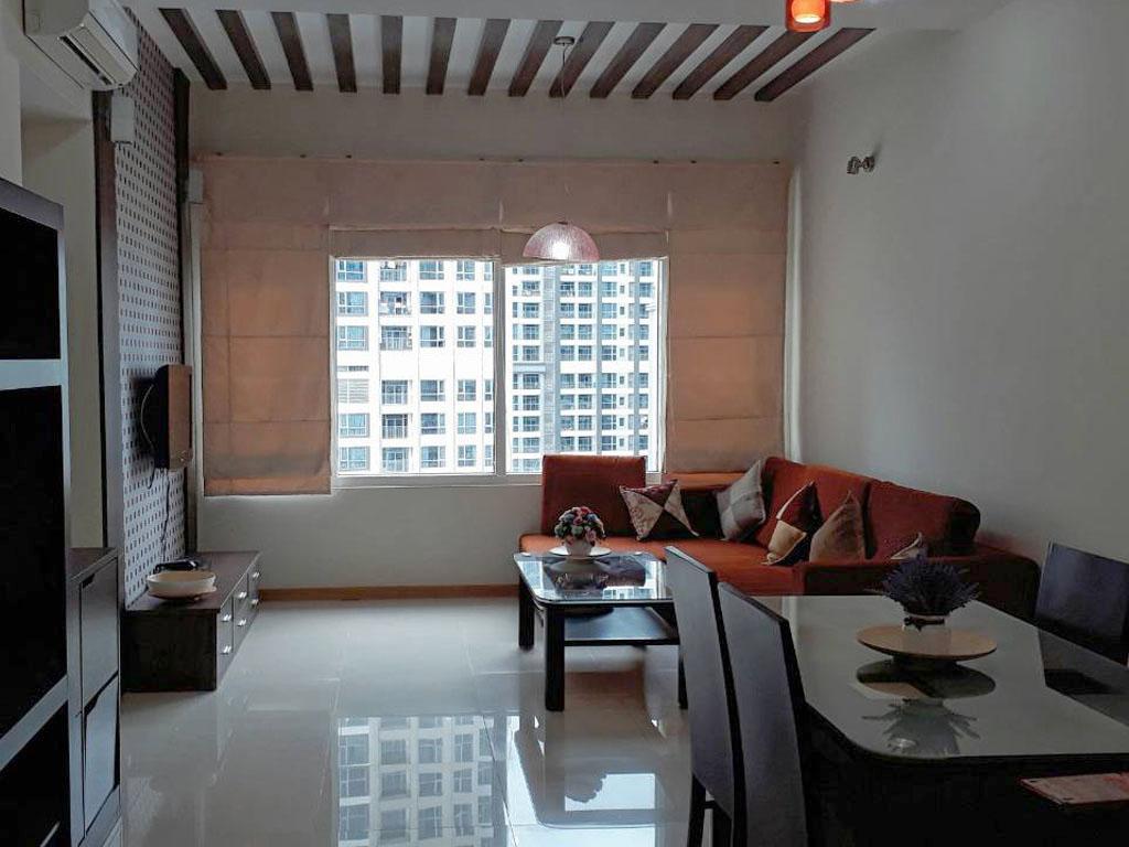Saigon Pearl R2 lầu cao cho thuê 2 phòng ngủ full nội thất