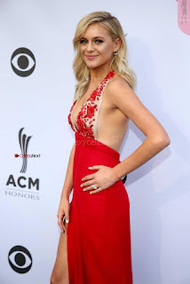 Kelsea-Ballerini-at-11th-Annual-ACM-Honors-in-Nashville-4+%7E+SexyCelebs.in+Exclusive.jpg