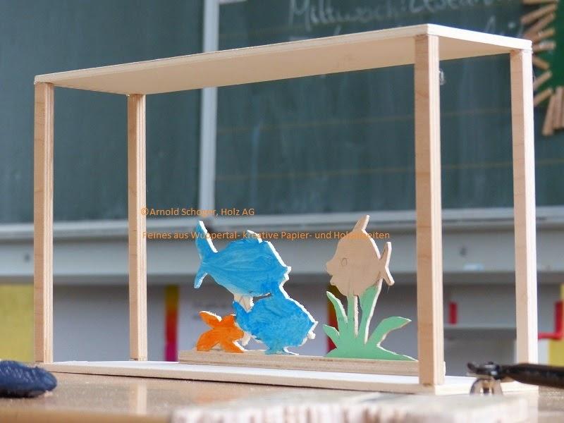 laubs gearbeiten f r und von m dchen und jungs heute in der schule ein aquarium aus holz. Black Bedroom Furniture Sets. Home Design Ideas