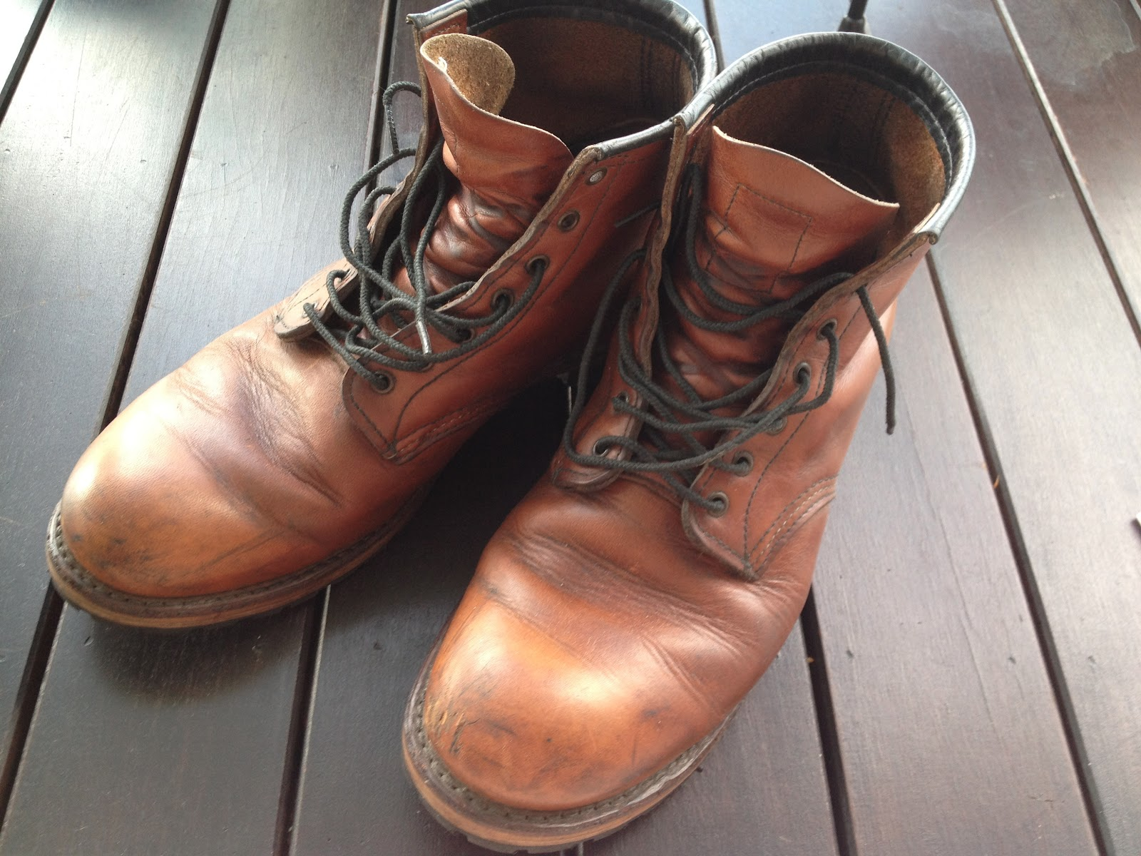 goody leathery red wing