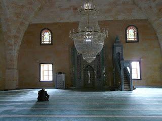 Kisah Islami : Bekerja Kepada Allah dan Kemuliaan Hari Jum'at